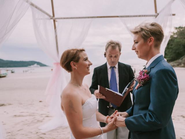 Beach wedding celebrant (1)