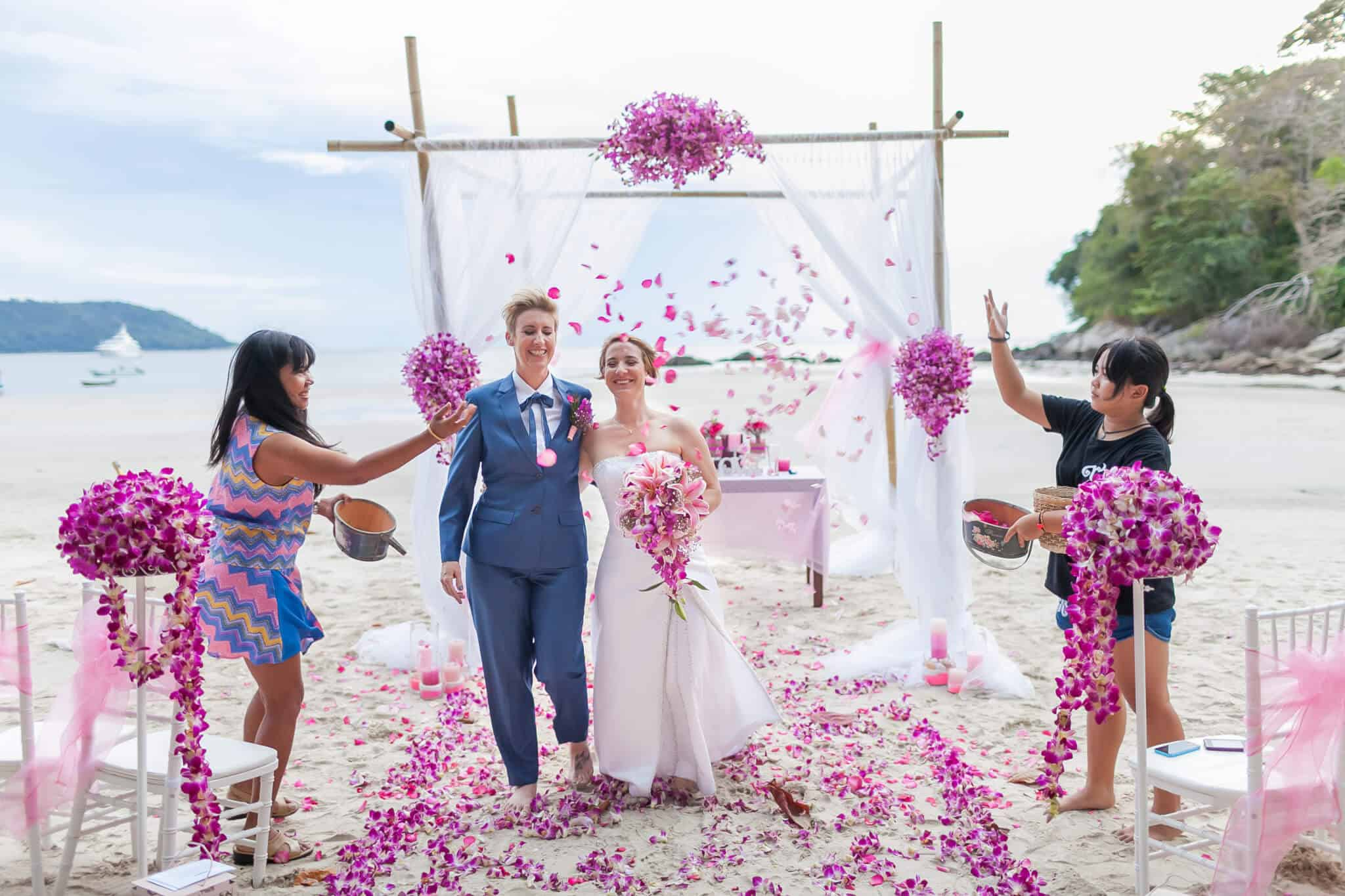 Beach wedding celebrant (18)
