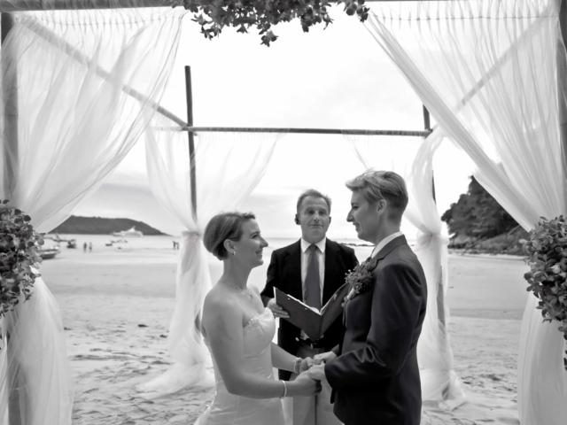 Beach wedding celebrant (2)