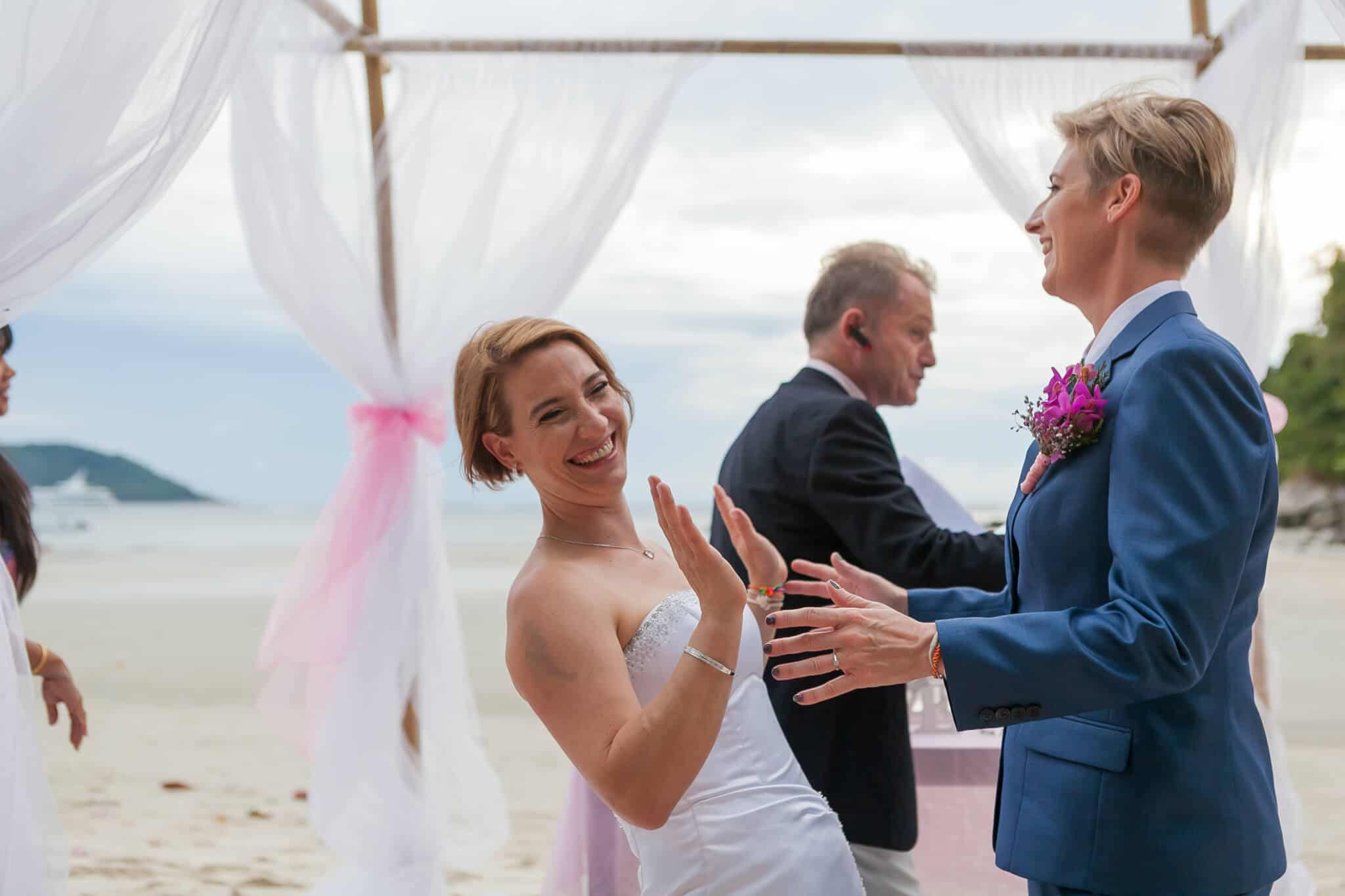 Beach wedding celebrant (6)