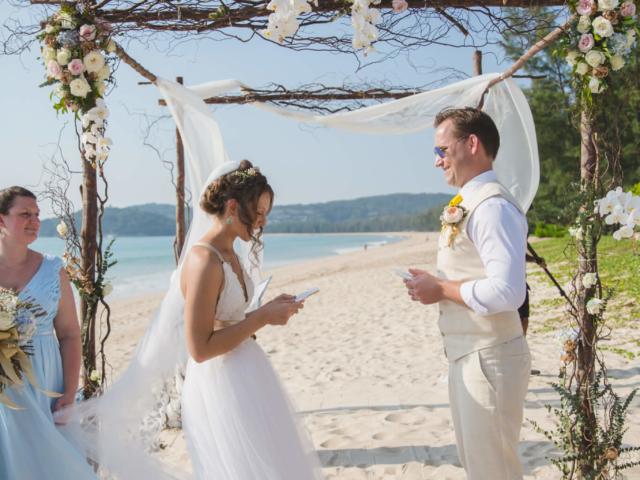 Beach destination wedding celebrant phuket (13)