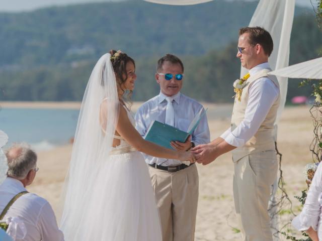 Beach destination wedding celebrant phuket (7)