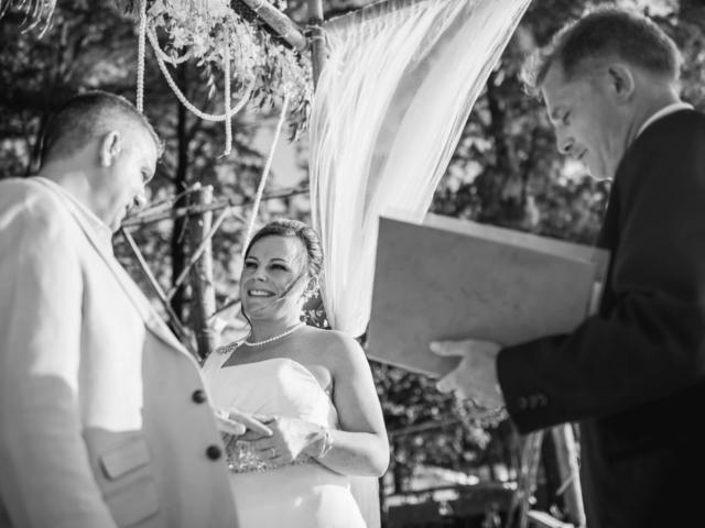 Phuket beach wedding celebrant (22)