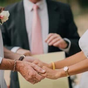 Wedding-officiant