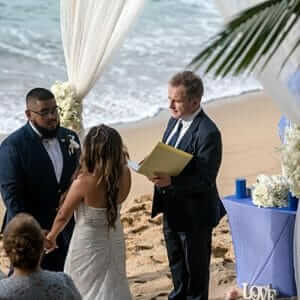Wedding-officiant